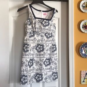 Lilly Pulitzer size 0 embroidered summer dress